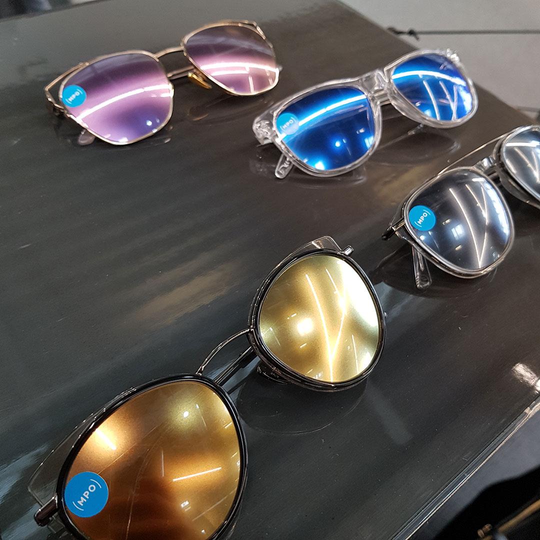 MPO: Mattscheibe auf der Nase? Nein, eine der neuen Daniel Hechter Sonnenbrillen mit matten Spiegelgläsern, extravagant und edgy!